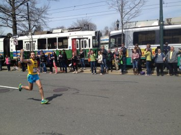 Mike Burnstein running the 2013 Boston Marathon